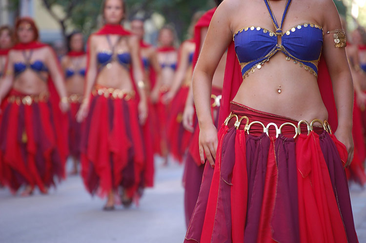 belly dancers dubai