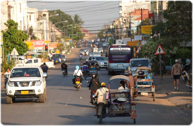 Pakse's main road