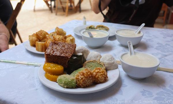 Snacks at the 'Soya Milk' restaurant
