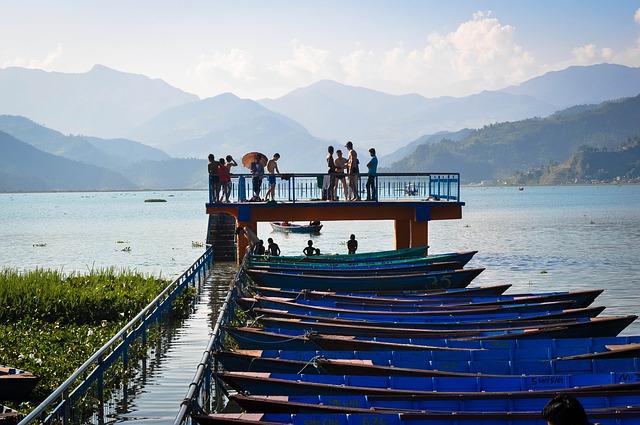 pokara lake nepal