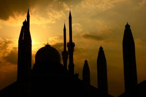 sunset mosque in kakarta