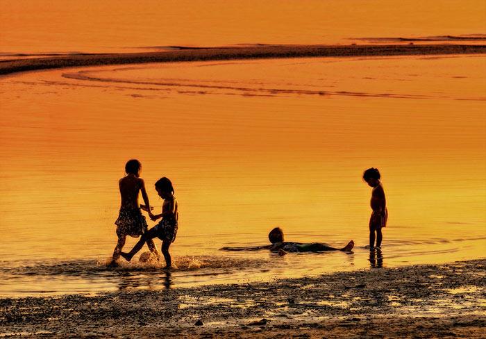 Thailand beach kids